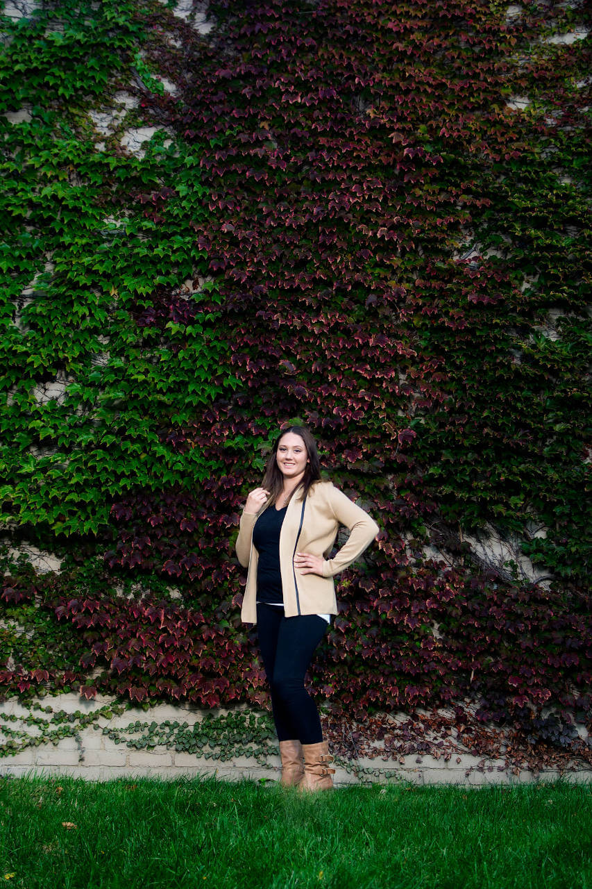 Lovely Senior Girl by Ivy Wall Near Butler Art Museum in Youngstown | Kropp Photography - Senior Pictures Portfolio