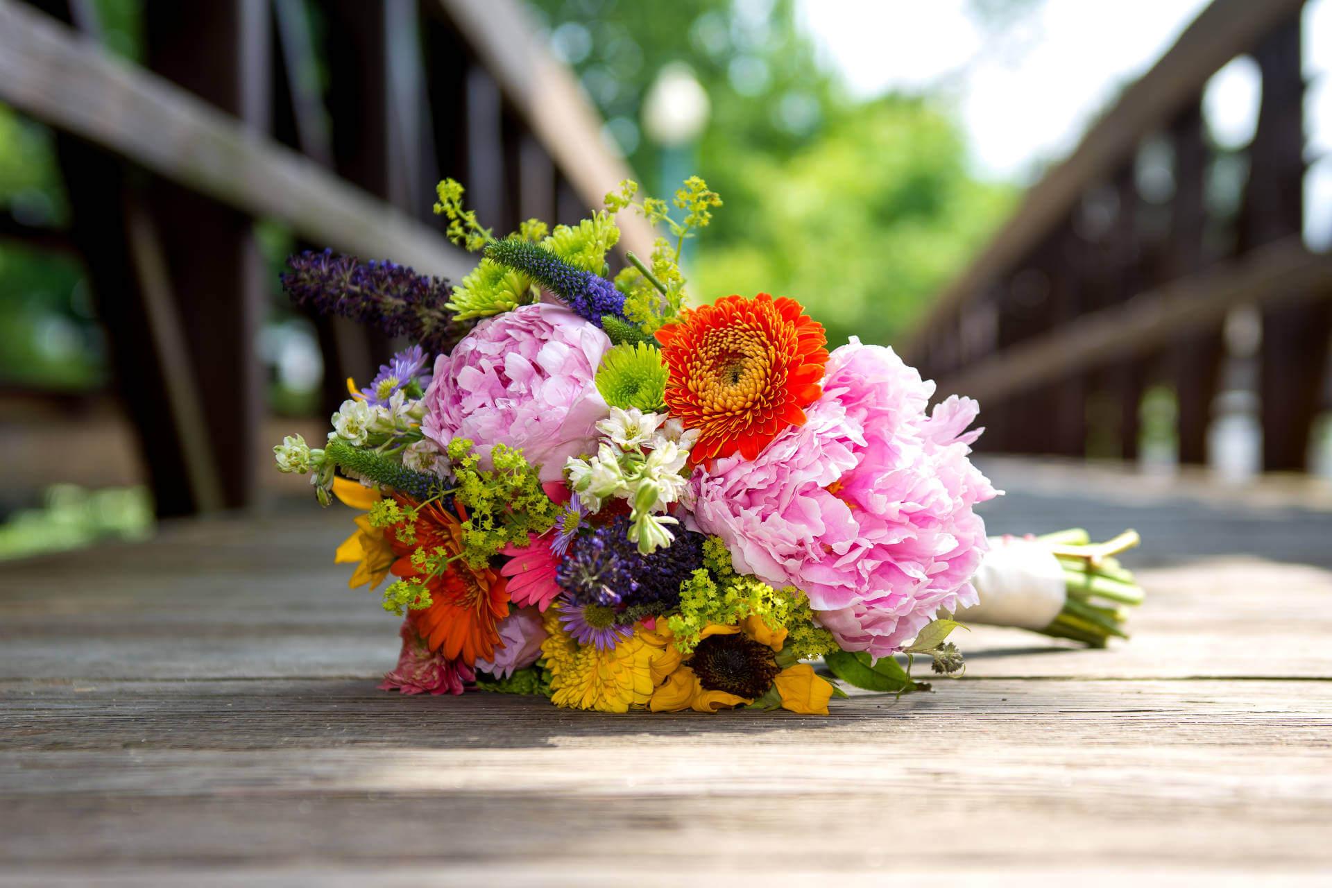 Wedding Flowers Bouquet   Kropp Photography - Wedding Photography Portfolio