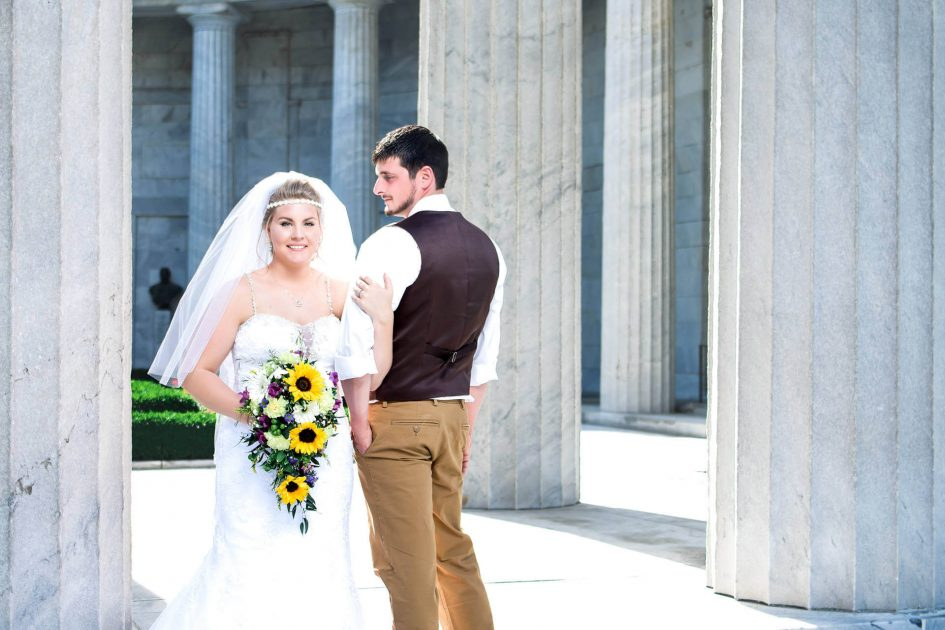 Beautiful Bride and Groom Formal Photos on steps at Mckinley Presidential Library and Museum | Northeast Ohio Wedding Photographers - Kropp Photography - Wedding Photography Portfolio