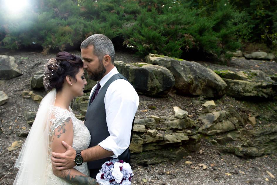 Bride and Groom Embracing in Chagrin Falls Ohio | Northeast Ohio Wedding Photographers - Kropp Photography - Wedding Photography Portfolio