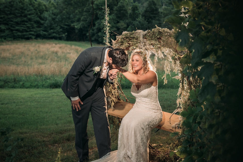 Lindsay + Chris | Bella Amore on Enchanted Acres Wedding | Dennison, OH