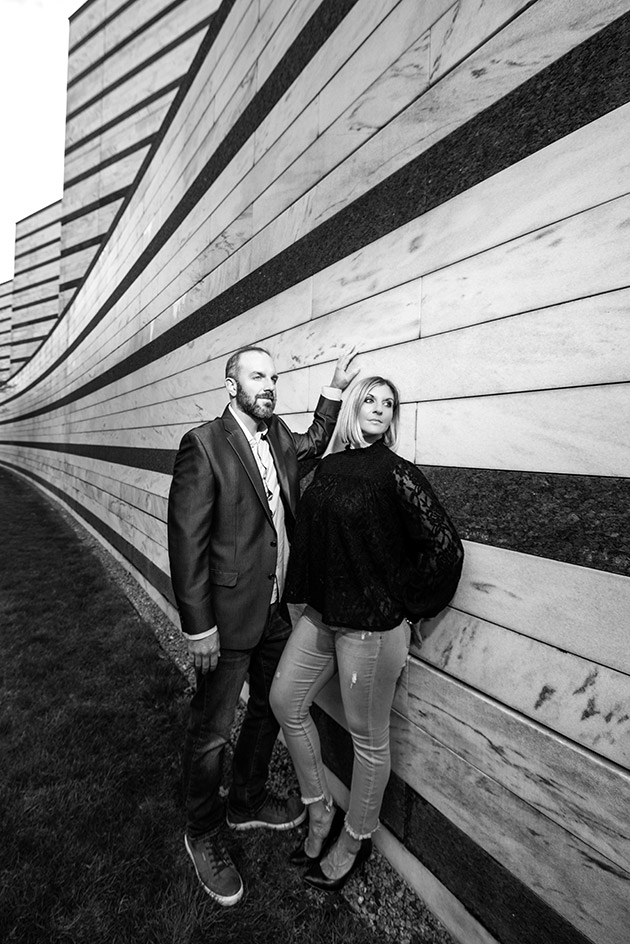 Cleveland Museum of Art Exterior Wall Engagement Photo in Black and White