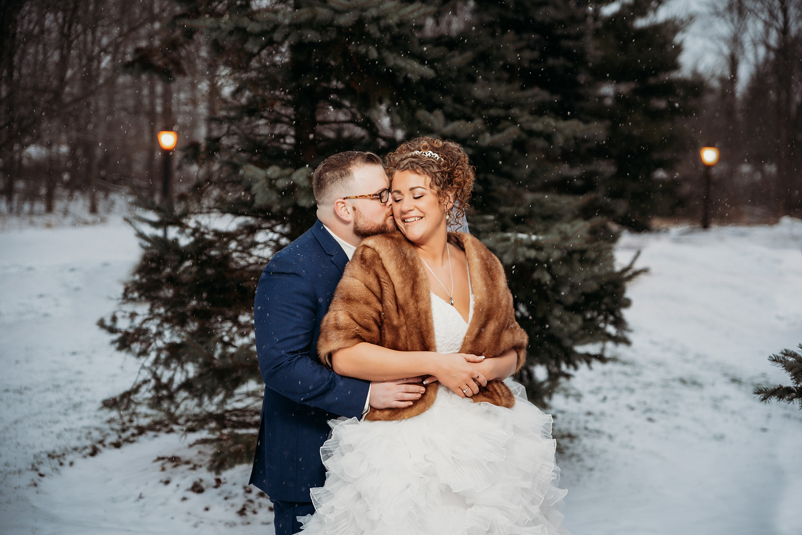 Winter Wedding at the Bertram Inn in Aurora Ohio | by Kropp Photography - Cleveland Wedding Photographers
